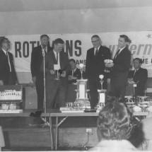 1966 SCR [2nd Outright] Greg Garard, Frank Goulburn - Holden HR